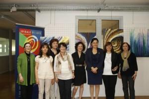 con il console generale dell'Ecuador a Milano D.ssa Narcisia Soria, le pittrici, il critico d'arte ester Foglia